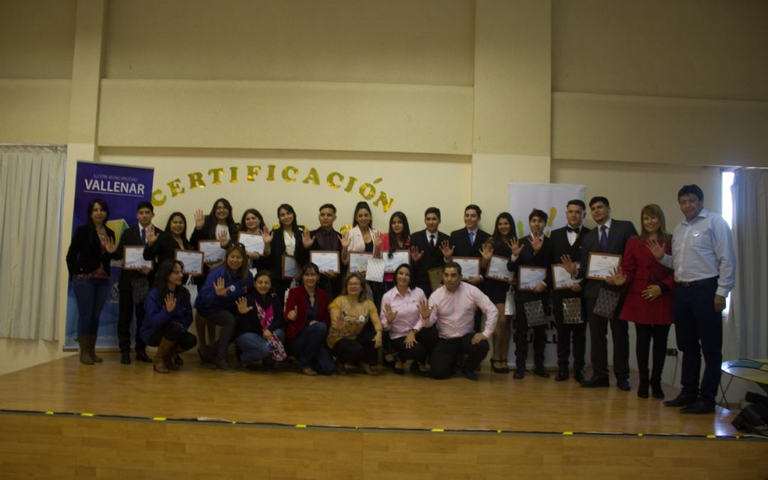 Jóvenes del Valle del Huasco finalizan con éxito beca en la Escuela de Oficio del CEIM en Antofagasta